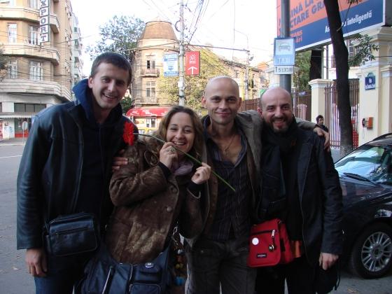 Valentin, Manuela & Michelle - a doua zi dupa premiera...